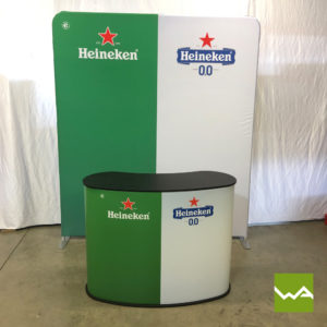 Zipper Praesentationswand Straight und Lamellen Counter Large - Heineken