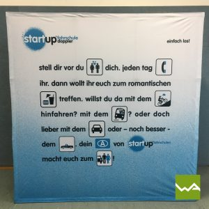 Faltdisplay Pop up Textil - Fahrschule Start up 2