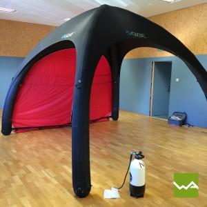 Schnelleinsatzzelt – Humanity Tent – Zelt mit Druckluftflasche