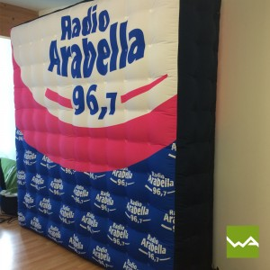 Aufblasbare Werbewand / Aufblasbarer Quader - Radio Arabella 2